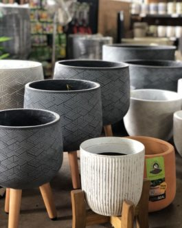 Pots & Pottery